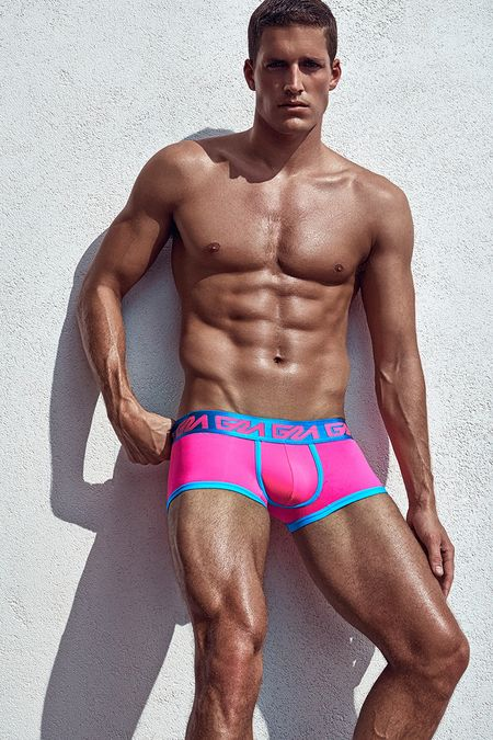 Garcon-Model_High-Summer_SoBe-Trunk